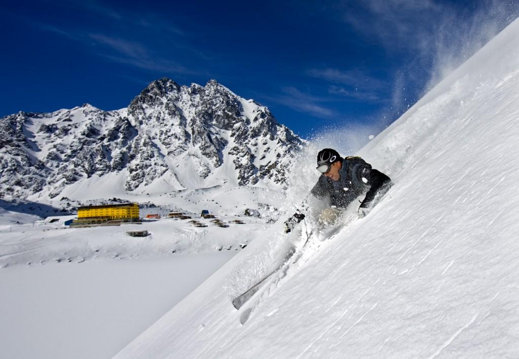 ski-portillo-chile-1024x708